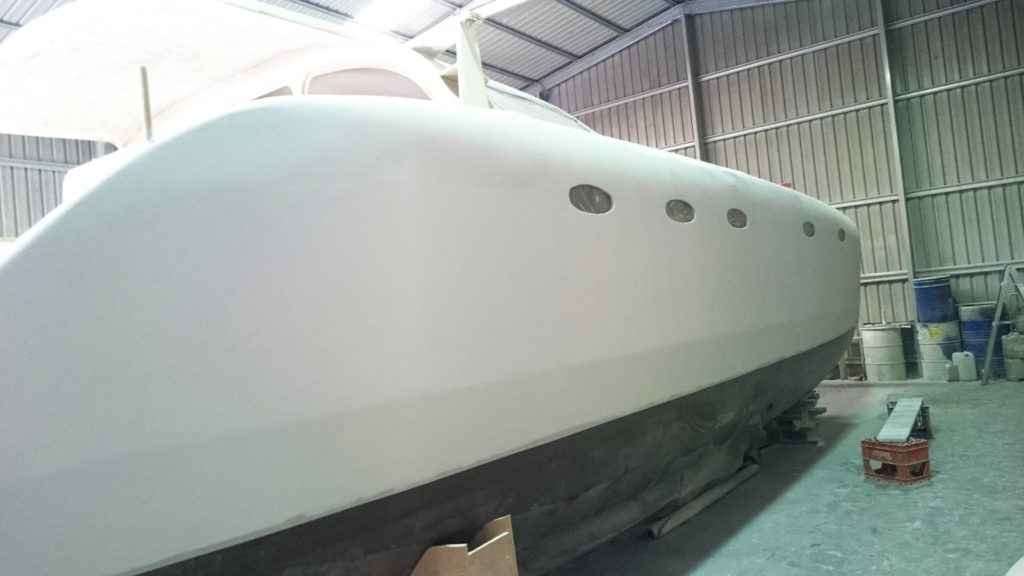 starboard hull microsurfaced 4